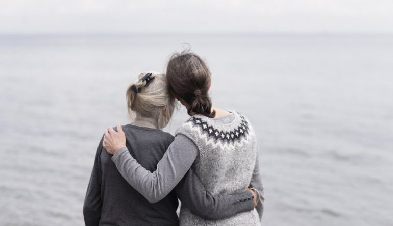 End-of-life doulas: What they do and how they can help families
